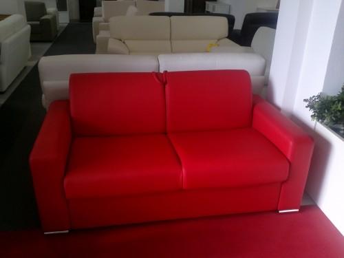 Divano Letto In Ecopelle Rosso.Divano Letto In Offerta 50 Ecopelle Rosso Misano Adriatico