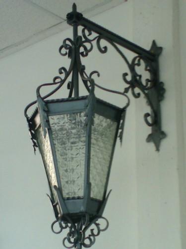 Lampadari in ferro battuto : (Calci)